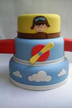 Bolo cenográfico (Fake) tema Aviador.  Feito em Biscuit  Não é Locação Bolo Fake, Cakes For Boys, Fondant Cakes, 2nd Birthday, Biscuit, Princess Peach, Baby Shower, Bernardo, Creative