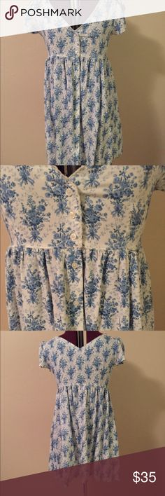Ralph Lauren beautiful blue and white sun dress. Ralph Lauren beautiful blue and white sun dress. Buttons down the front, hits above the knee. Denim & Supply Ralph Lauren Dresses Mini