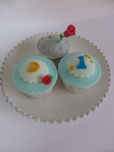 Cupcakes para festa de aniversário com tema Principezinho (organizada pela Lima Limão)