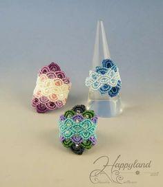 Macramé - do in beads? Macrame Bracelet Patterns, Macrame Rings, Macrame Jewelry, Beaded Rings, Macrame Bracelets, Boho Jewelry, Jewelery, Jewelry Rings, Macrame Design