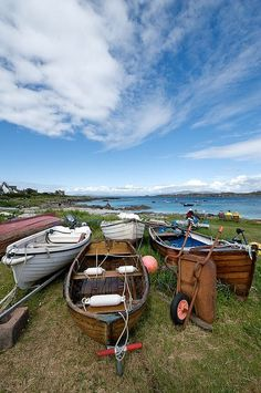Isle of Iona, Scotland - Bussines and Marketing: I´m looking forward for a new opportunity about my degrees dinamitamortales@ gmail.com