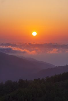 Gorgeous sunrise in the Smoky Mountains