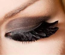 Feather eye-lashes.