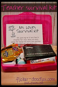 First day of school Teacher Survival Kit (with a free printable!)