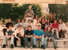 """Foto di gruppo con allievi. Istituto Statale d'Arte """"Stagio Stagi"""" Pietrasanta."""