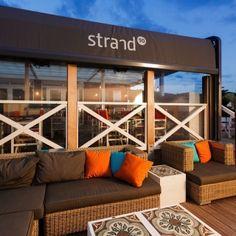 Zicht op STRAND90 - Paviljoen STRAND90 Concept Restaurant, Holland, Restaurants, Porch Swing, Dom, Outdoor Furniture, Outdoor Decor, Netherlands, The Good Place