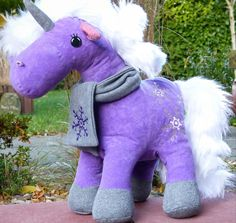 Ebooks & Anleitungen - Aleksio eBook Einhorn (Pony) - in zwei Größen - ein Designerstück von Aleksio bei DaWanda #unicorn #Einhorn