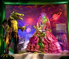 30 Insane Store Window Displays