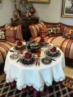 Eid Cookies Recipe, Cookie Recipes, Food Decoration, Table Decorations, Moroccan Table, Arabian Food, Food Presentation, Ramadan, Tea Time