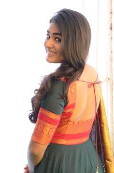 Shalini Pandey Photos [HD]: Latest Images, Pictures, Stills of Shalini Pandey - FilmiBeat Salwar Designs, Half Saree Designs, Dress Neck Designs, Kurta Designs Women, Kurti Designs Party Wear, Blouse Neck Designs, Designs For Dresses, Indian Gowns Dresses, Indian Fashion Dresses
