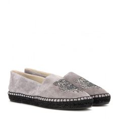 Kenzo Suede Espadrilles ($210) ❤ liked on Polyvore featuring shoes, sandals, grey, kenzo shoes, espadrille sandals, suede sandals, grey suede shoes and grey suede sandals