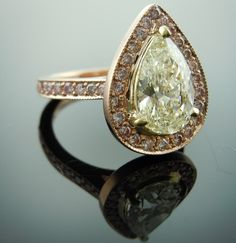 Pear shaped diamond ring. Gorgeous and I'm not even a diamond fan