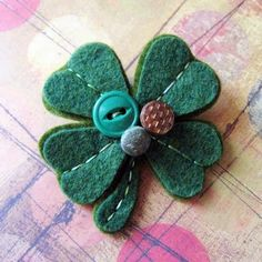 Lucky Shamrock Wool Felt Pin 2019 Lucky Shamrock Wool Felt Pin The post Lucky Shamrock Wool Felt Pin 2019 appeared first on Wool Diy. Spool Crafts, Sewing Crafts, St Patrick's Day Decorations, St Paddys Day, Felt Patterns, Felt Hearts, Felt Ornaments, Felt Flowers, Wool Felt