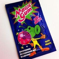 Das knisternde Magic Gum kam aus einer anderen Welt: | 27 Süßigkeiten, die Du kennst, wenn Du 80er-Jahre Kind bist