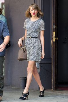 Everyone Wants to Be… Taylor Swift in NYC | Tom & Lorenzo Fabulous & Opinionated