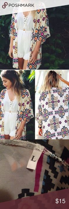 🌸Geometric Aztec Kimono Cardigan Cover🌸 🌸Geometric Aztec Kimono Cardigan Cover🌸 🌸Super Cute  🌸Size Large 🌸New in package 🌸Approx Measurements  🌸Length 31 inches 🌸Sleeve 10 inches 🌸Shoulder 28 inches  🌸Sorry no trades🚫 🌸Happy Poshing😃 Accessories