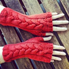 Knitting and so on blog - Amazing cable fingerless mitts. This gal has the most creative mind and designs the most intriguing beautiful fingerless mitts - amazing!