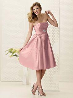 Cuando estas invitada a un matrimonio nunca debes ir vestida de blanco, debes decirle adiós a los jeans, a la ropa apretada y a los colores fluorescentes.  http://www.liniofashion.com.co/linio_fashion/ropa-para-mujeres?utm_source=pinterest&utm_medium=socialmedia&utm_campaign=COL_pinterest___fashion_ropaquenodebesusarenunmatrimonio_20140805_09&wt_sm=co.socialmedia.pinterest.COL_timeline_____fashion_20140805ropaquenodebesusarenunmatrimonio.-.fashion