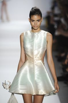 Dennis Basso Spring 2011 Runway Pictures - Livingly
