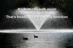 Walking Alone, Crowd, Quotes, Blog, Travel, Quotations, Voyage, Blogging, Viajes