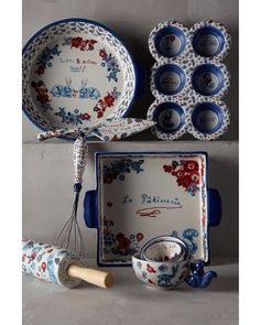 Bibelot Baking set at Anthropologie - sweet! Kitchen Utensils, Kitchen Gadgets, Kitchen Dining, Kitchen Tools, Dorm Kitchen, Kitchen Stuff, Baking Accessories, Kitchen Accessories, Cooking Supplies