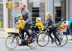 Full Sized Photo of naomi watts liev schreiber family time big apple 16 Liev Schreiber, Celebrity Kids, Naomi Watts, Tandem, Sport Bikes, Pop Culture, Photo Galleries, Bicycle, 1