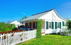 Old Homestead House | West Bay