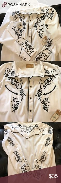 COUNTRY WESTERN MEN DRESS SHIRT XXL...GORGEOUS EXCELLENT CONDITION WHITE COUNTRY WESTERN SCULLY MEN SHIRT WITH BLACK EMBROIDERY ON FRONT OF CHEST, GOING DOWN SLEEVES AND UPPER BACK...STYLISH (8) BUTTON SNAPS DOWN FRONT AND (6) ON EACH LONG SLEEVE. LET ME KNOW IF YOU HAVE ANY QUESTIONS.THANKS FOR VISITING MY CLOSET Shirts Dress Shirts