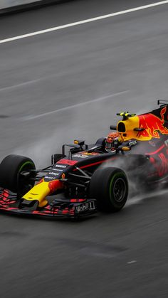 Car Wallpapers Iphone Xs - HD Wallpaper For Desktop Background Formula 1 Iphone Wallpaper, F1 Wallpaper Hd, Moto Wallpapers, Bulls Wallpaper, Red Bull F1, Red Bull Racing, F1 Racing, Karting, Formula 1 Car Racing