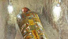 """Arqueólogos espanhóis desenterraram uma múmia com três milanos, em """"muito boa condição"""", na antiga cidade egípcia de Luxor. Foi assim que o Ministério das Antiguidades do Egipto anunc"""