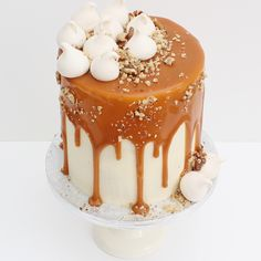 Cherry Crumbs Carrot Cake with Salted Caramel, Walnut and Meringue Top // Birthday // Drip Cake // Buttercream Cake