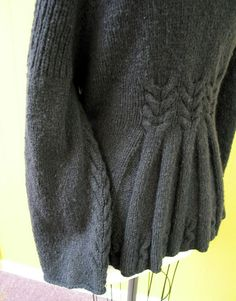 Rivulet sleeve detail by knitgrrldotcom