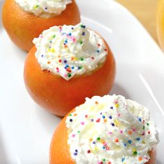 Campfire Orange Cakes are ultra-moist and melt-in-your-mouth! This recipe is one of my favorite dessert options for campfire and grilling. If you want a new dessert to make outdoors, look no further than these Campfire Orange Cakes… - Food and Drink Desserts To Make, Delicious Desserts, Food To Make, Yummy Food, Disney Desserts, Making Food, Tasty, Baking Recipes, Cake Recipes