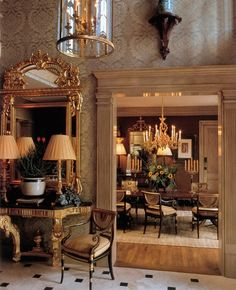William R. Eubanks » Interior Design and Antiques » Press » Regency Redux  Interior designer William R. Eubanks proves once again that period elegance and comfort are not incompatible.