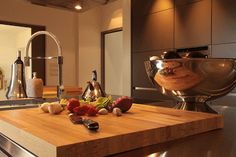 Red red wine, sooner or later you will be mine! #toscana #massamarittima #kitchen #redwine #oliveoil #knife #onion #garlic #tomatoe #kettle #marble #homecinema #pool #gym #helipad #helicopter #design #interiordesign #philippestarck #италия #тоскана #италиямоялюбовь #итальянскаяеда #красноевино #готовимвкусно #готовим_дома #оливковоемасло #приятного_аппетита #дизайнерскаямебель #вертолеты