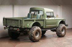 Despite the fact that we love the new Jeep Gladiator pickup truck, our hearts pine for vintage. Case in point, this Vietnam-era Jeep Gladiator-based Kaiser Jeep Pickup, Jeep Truck, Jeep Gladiator, Super Swamper Tires, Alfa Romeo Junior, Planes, Trains, Automobile, Green Jeep