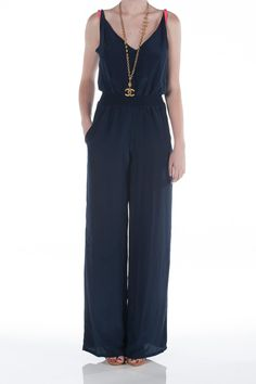 {packing list} Black jumpsuit, with leather and gold belt, for the family dinner paris.