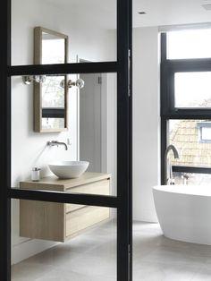 Modern villa by Piet-Jan van den Kommer - Piet-Jan van den Kommer Diy Bathroom, Bathroom Colors, Bathroom Styling, Modern Bathroom, Bathroom Interior Design, Interior Exterior, Bathroom Designs, Decoration Inspiration, Bathroom Inspiration