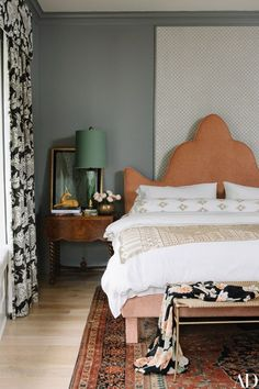 Bedside decor is often an afterthought, but it should actually be at the forefront of your bedroom design plan—after, of course, the bed. You need to have a space that can accommodate all of your end-of-day essentials, which could include the right lighting—ambient or directed—storage for glasses or jewelry and reading materials | archdigest.com