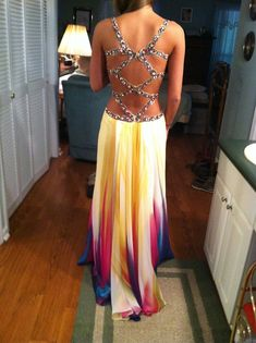 I want this for a first prom dress!!!! so cute!♥