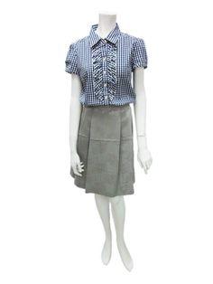 細格紋短襯衫 NT$3,980  復古印花裙 NT$4,980
