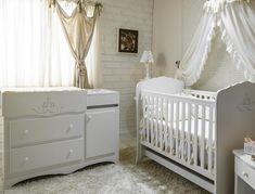 quarto bebê com berço provençal e cômoda provençal