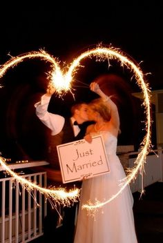 Makes a great photo or even a great wedding thank you note photo!
