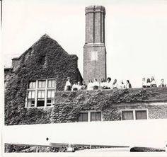 Laurel School Students on the Roof :: Laurel School Collection
