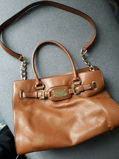 c6f7a86d208 Beautiful, genuine Michael Kors brown handbag. Bought from America, in  really good condition