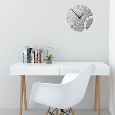 London Wall Clock by Urban Story from Texa, USA. Made of Stainless Steel. Ø 30.5 cm   MONOQI #bestofdesign