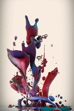 """""""Dropping"""" is the work of Italian graphic artist Alberto Seveso. Seveso captured these amazing images or """"fluid sculpture"""" with the use of high-speed photography while mixing ink with oil. High Speed Photography, Water Photography, Abstract Photography, Macro Photography, Levitation Photography, Experimental Photography, Amazing Photography, Photography Ideas, Wedding Photography"""