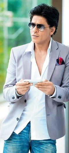 Twitter / iamsrkclub: 'Baadshah Cool' @Omg SRK looks ...