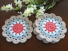 Artículos similares a Coaster Crochet Coasters Placemat Table linens Kitchen Decor Gift Crochet Doilies Tablecloth Crochet Doily Round Cotton Table Home Decor en Etsy Crochet Dollies, Crochet Gifts, Diy Crochet, Crochet Flower Patterns, Flower Applique, Crochet Flowers, Loom Knitting, Knitting Patterns, Sewing Patterns