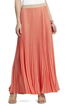 I'm not skinny enough to pull of this bcbg skirt, but I sort of love it! And I love the slight ombre coral color too!